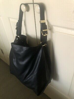 AU0.99 • Buy ZARA Black Handbag