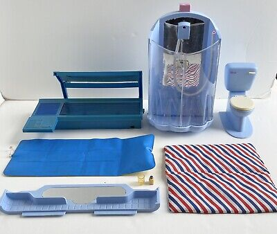 VINTAGE SINDY Blue Bathroom Furniture Shower Toilet,Sun Bed And Air Bed • 1£