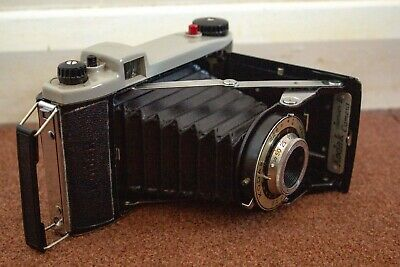 60 Year Old, Vintage Kodak Junior Ii Folding Camera (no Film, But Case Included) • 5.50£