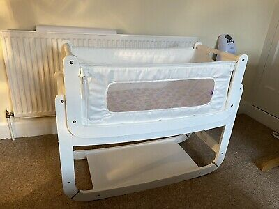 SnuzPod 2 Next To Me Bedside Cot - White - Good Condition • 44£