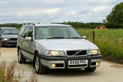 Volvo V70 XC Cross Country AWD 2.5T *Not T5 T5-R* • 2,100£