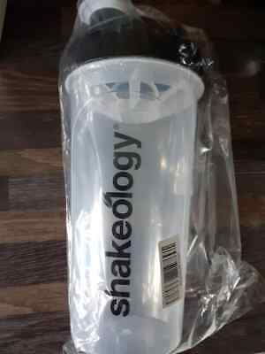 Shakeology Shaker Bottle • 5£