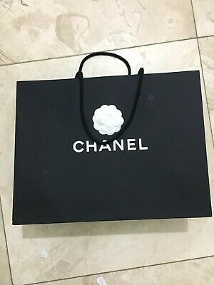 £14.95 • Buy Genuine Chanel Black With White Flower Paper Gift / Carrier Bag Size 43X33X16cm