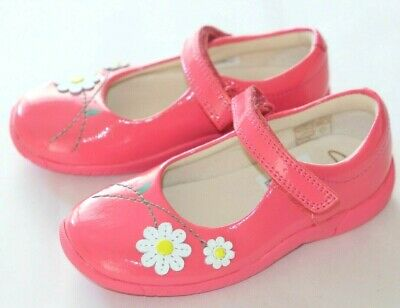 £25 • Buy Clarks Pink White Daisy Patent Leather Girl's Shoes Sizes Kids 7/24, 8/25.5 New