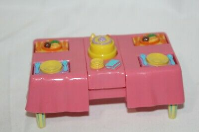 Dora The Explorer Talking Doll House Party Table  Pop Up Cake Flip Up Plates  • 4.29£