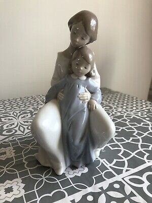 Nao By Lladro Moment With Mum 1429 2002  • 55£