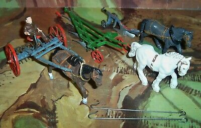 Britains Hay Rake With Britains Plough Horse And 2 Ploughs With Horses • 34.75£