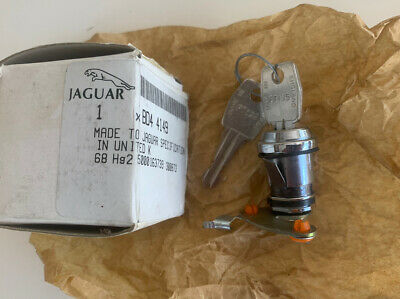 AU85 • Buy Genuine Jaguar XJ6 XJ12 RH Door Lock BD44149