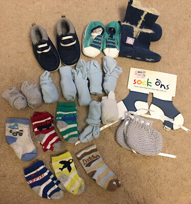 Baby Boy Sock And Pram Shoes Bundle 0-6 Months Sock Ons (Pre-owned) • 1.99£