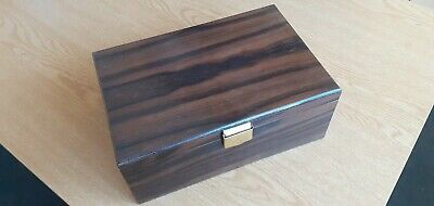Veneered Heavy Ply Storage Box Two Compartments, Green Baize Lined. • 5£
