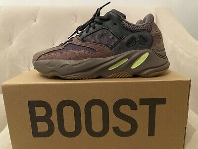 $ CDN299.78 • Buy Adidas Yeezy Boost 700 Mauve