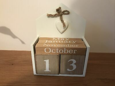 Shabby Chic Wooden Perpetual Calendar Date Blocks Heart Decoration • 2.50£