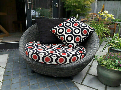 2 Seater Curved Wicker Rattan Love Seat Chair Sofa Settee With Cushions.  • 25£