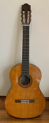 AU60 • Buy YAMAHA CS40 ACOUSTIC GUITAR. Size 3/4 (93cm In Length) With Soft Case