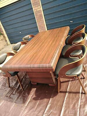 AU650 • Buy Antique Dining Table And 6 Chairs
