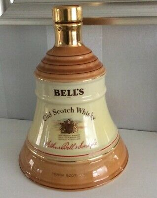 Bells Old Scotch Whisky Decanter • 6.25£