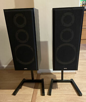 Pair Of Jamo Studio 140 Speakers With Stand - Very Good Condition • 40£