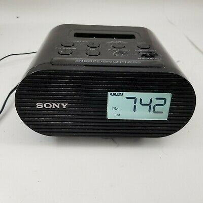AU26.22 • Buy Sony Genuine Alarm Clock Radio AM/FM With Apple IPod & IPhone Dock  ICF-C05iP