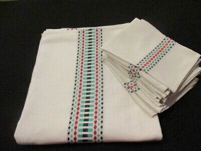 Vintage French Tablecloth And Napkin Set. Christmas Scandinavian White Green Red • 42£