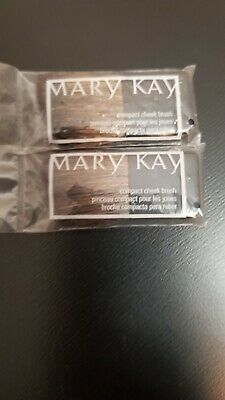 $3.99 • Buy Mary Kay Compact Cheek Blush Brush~lot Of 2~new In Package~sealed!