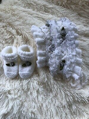 Hand Knitted Baby Bonnet And Boots. 0-3 Months. • 5£