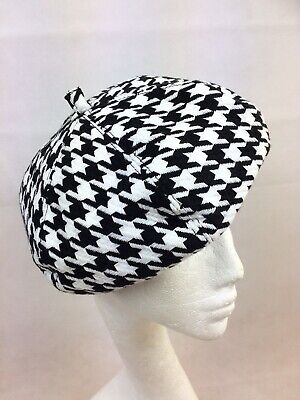 Ladies Black And White Dogtooth Beret Excellent Fit Fully Lined Brand New • 9.99£
