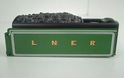 NEW Hornby OO Gauge LNER A3/A1 Locomotive 8-Wheeled Corridor Tender Body Green • 22.99£
