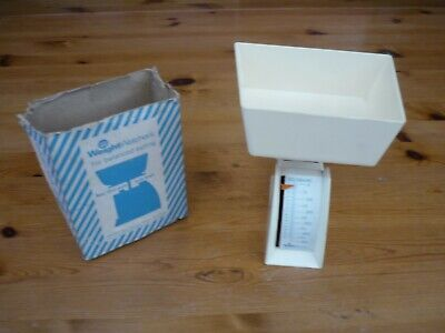 Vintage Weight Watchers Food Scales In Box 16 Oz Scales With Bowl 1974  • 5£