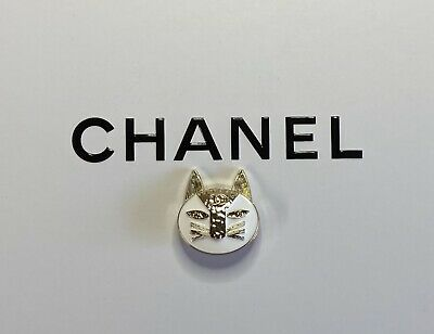 Chanel Button Cat White Gold 25mm • 16.10£