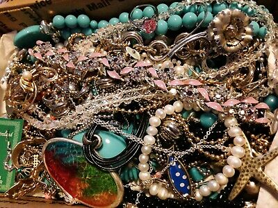 $ CDN19.60 • Buy #28 Vintage To Now Estate Find Jewelry Lot Junk Drawer Unsearched Untested Wear