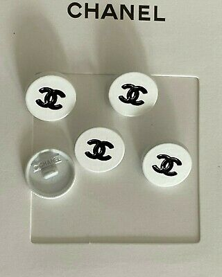 Chanel Cc Set Of 4 Vintage Buttons Black And White 15mm Earrings Brooch  • 45£