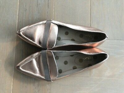 Ladies Boden Bronze Patent Leather Flat Shoes, Very Stylish, UK 4.5 • 5£