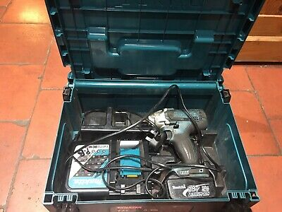 Makita Impact Wrench DTW190 With Battery And Charger And Case • 90£