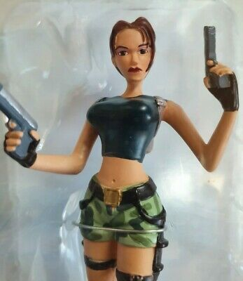Lara Croft Figurine Tomb Raider 15cm Camo Shorts  Pistols Action Figure New  • 17.75£