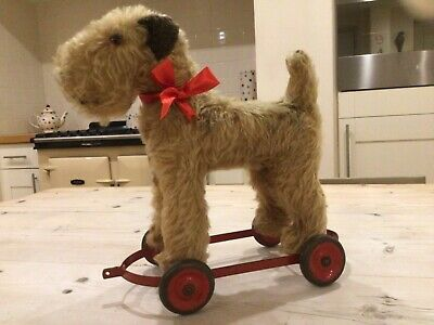 Antique Vintage Dog On Wheels,straw Stuffed Irish Terrier,pull Along Toy Triang • 185£