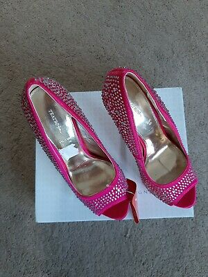 Teatro New In Box Ladies Pink Diamond High Heels Shoes Size 6 • 7£