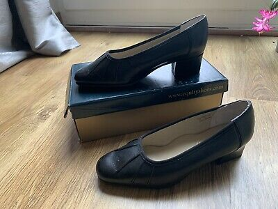 Black Equity Court Shoes 5 EE Lucinda • 9.99£