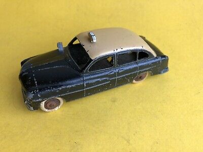 FRENCH DINKY Toys Ford Vedette Taxi • 6£