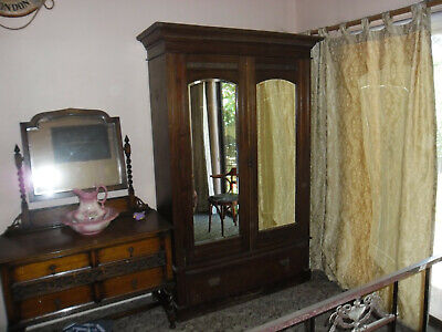 AU150 • Buy Antique Wardrobe