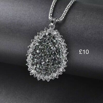 Crystal Costume Jewellery Pendant Necklace Made With Real Swarovski Crystals • 6£