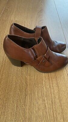 Marco Tozzi  Tan Leather Boots Size 6 • 1.95£