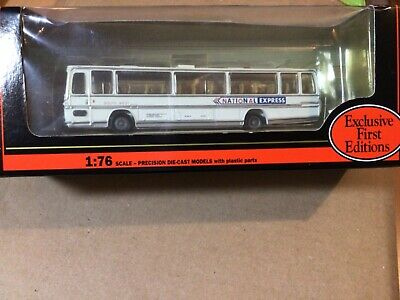 Gilbow Exclusive First Editions 1:76 Plaxton Coach National Express 15701 • 11.25£
