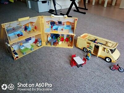 Playmobil Bundle - Camper Van & Veterinary Carry Along Clinic • 10.60£
