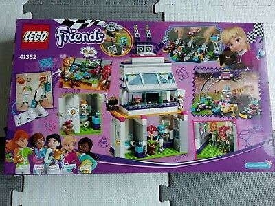 !!! LEGO FRIENDS Set Number 41352 The Big  Race Day !!! • 29£