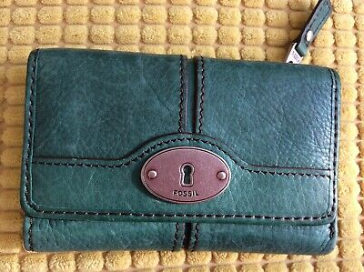Fossil  Medium Size Purse In Teal Leather • 8.99£