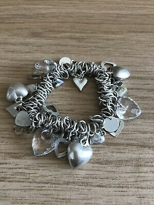 Charm Braclet Silver Hearts Fashion Stretchy • 2.30£