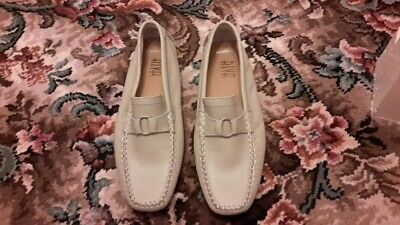 £20 • Buy Ladies Grey Moccasin Shoes New