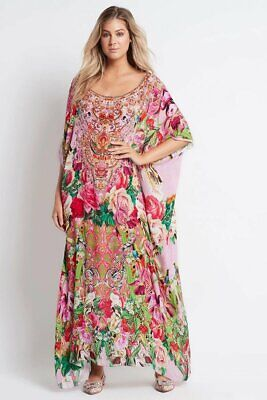 AU306 • Buy Czarina  Every Flower Blossoms  Round Neck Long Kaftan
