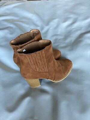 £15 • Buy Red Herring Suede Size 4 (37) Wide Fit Boots