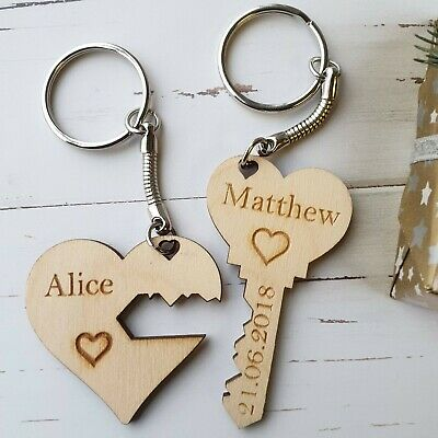 £3.49 • Buy 2 Valentine Day Personalised Wooden Gift Present Him Her Unique Love Keyring PLY